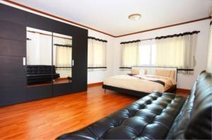 RE/MAX Town & Country Property Agency's 2 Storey House in Bang Saray 9
