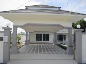 RE/MAX Town & Country Property Agency's Luxury House pool Villa for sale in Bang Saray 3