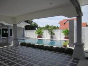 RE/MAX Town & Country Property Agency's Luxury House pool Villa for sale in Bang Saray 5