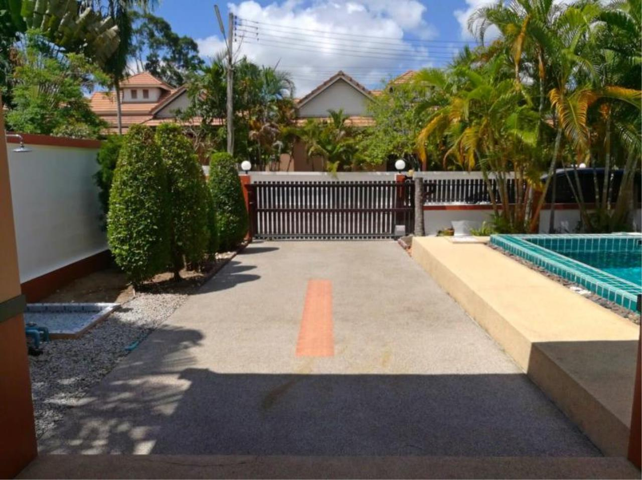 RE/MAX Town & Country Property Agency's Beautiful 3 bedroom house for sale 12