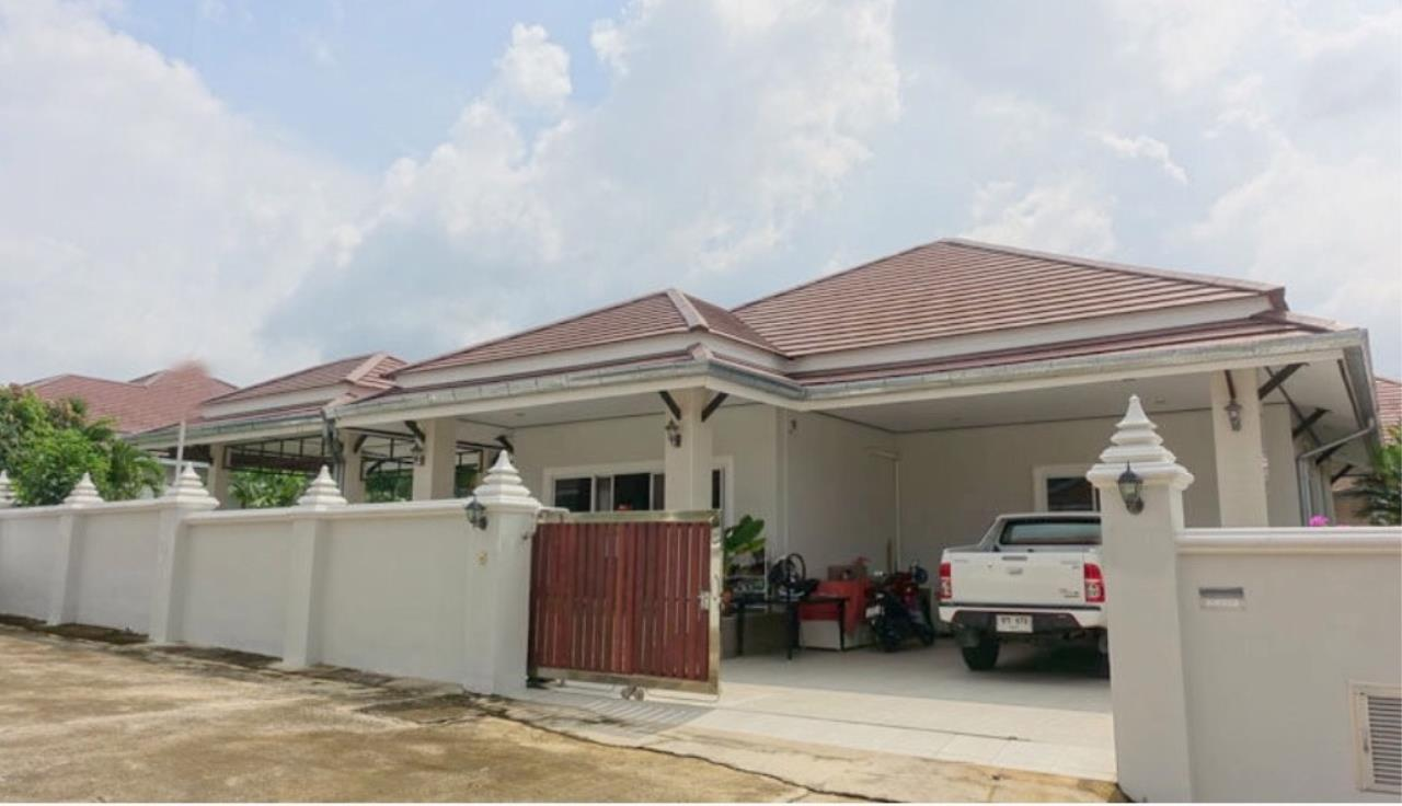 RE/MAX Town & Country Property Agency's Beautiful house for sale in Bang Saray 12