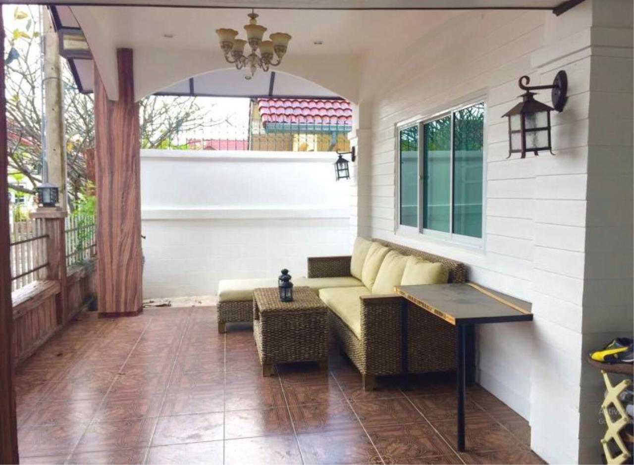 RE/MAX Town & Country Property Agency's Bang Saray newly renovated luxury villa 3