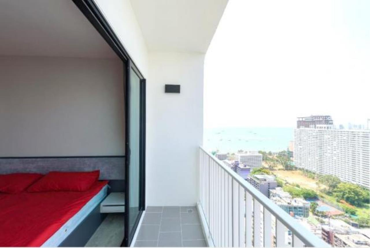 RE/MAX Town & Country Property Agency's Nice condo in Central Pattaya 10