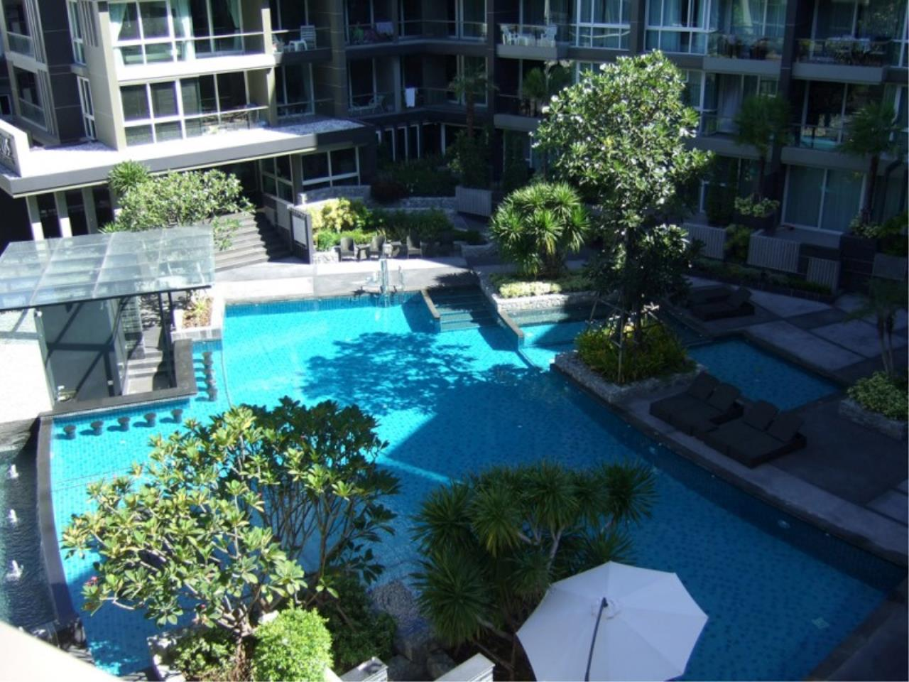 RE/MAX Town & Country Property Agency's One bedroom condo for sale 11
