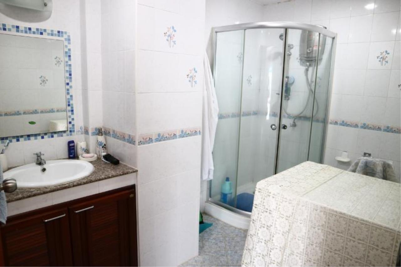 RE/MAX Town & Country Property Agency's 1 Bedroom in Central Pattaya 11