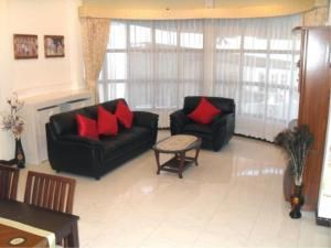 RE/MAX Town & Country Property Agency's 2 Bed house for sale and rent in Central Pattaya 5