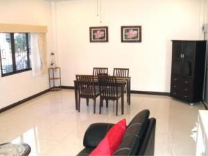 RE/MAX Town & Country Property Agency's 2 Bed house for sale and rent in Central Pattaya 6