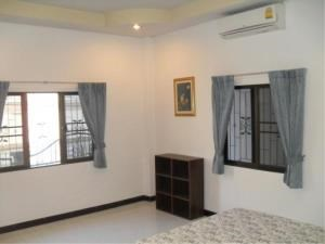 RE/MAX Town & Country Property Agency's 2 Bed house for sale and rent in Central Pattaya 9