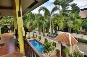 RE/MAX Town & Country Property Agency's Detached house in Central Pattaya 11