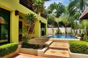 RE/MAX Town & Country Property Agency's Detached house in Central Pattaya 3