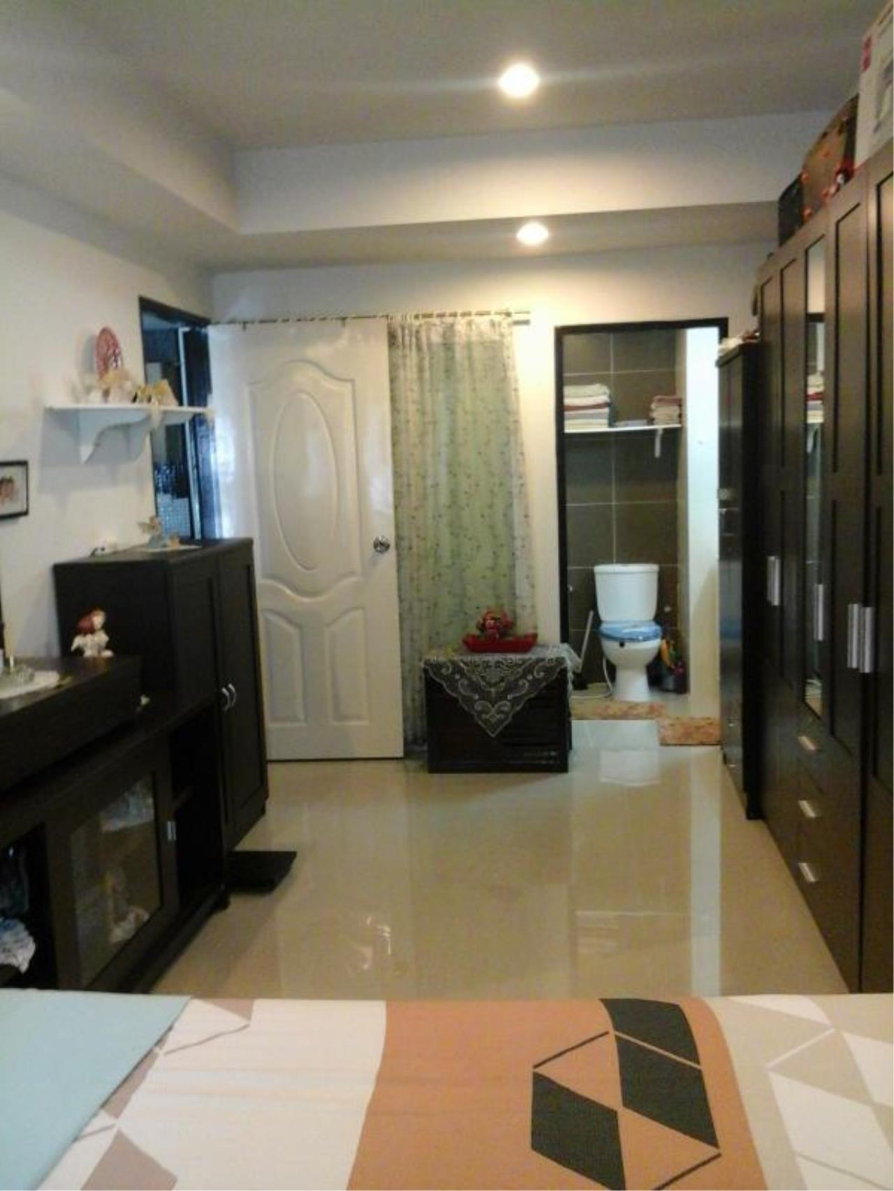 RE/MAX Town & Country Property Agency's Nice condo for sale in East Pattaya 1