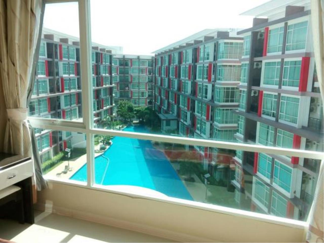 RE/MAX Town & Country Property Agency's Pool view 2 Bedrooms for sale in East Pattaya 1