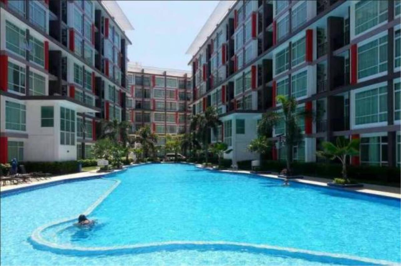 RE/MAX Town & Country Property Agency's Pool view 2 Bedrooms for sale in East Pattaya 2