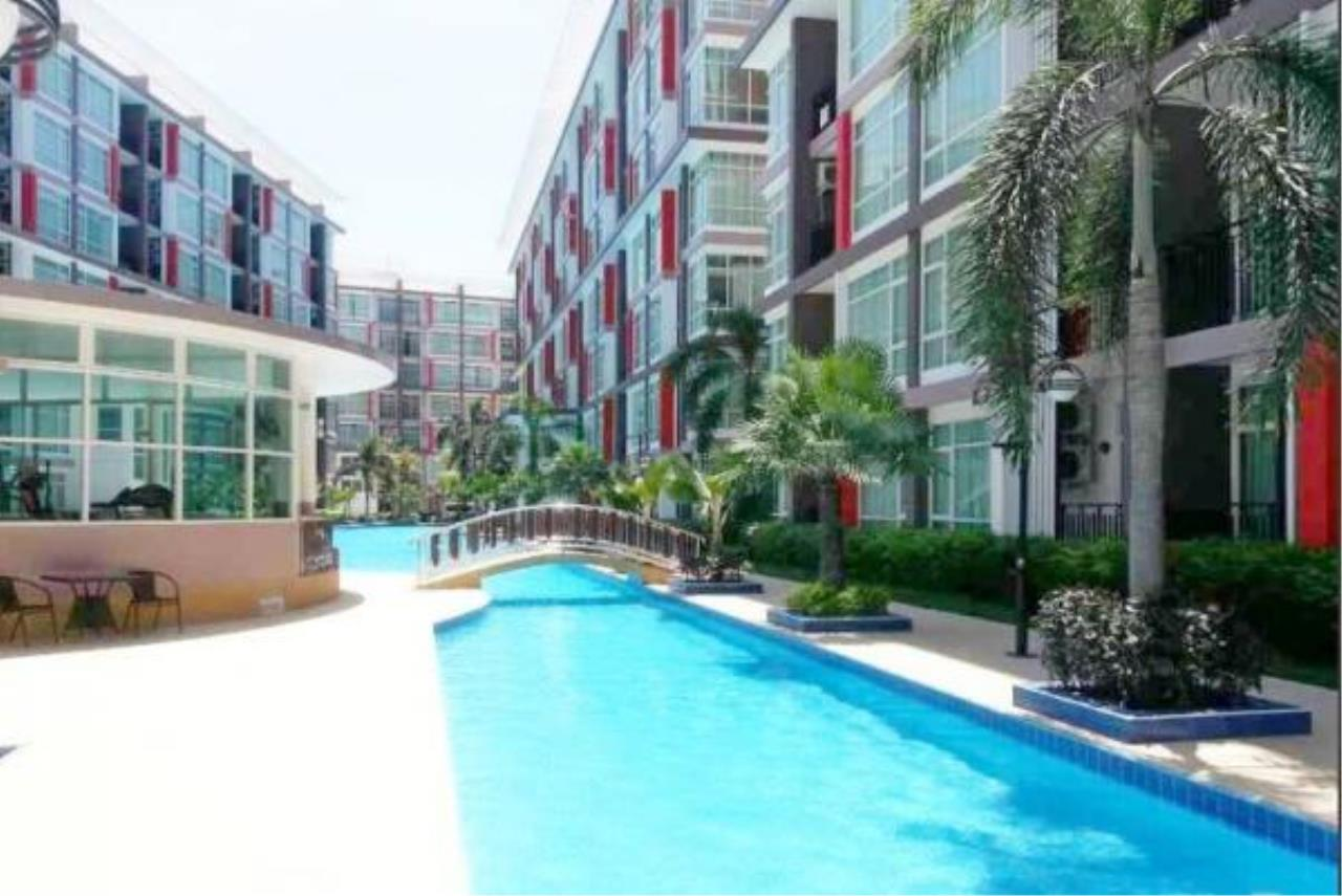 RE/MAX Town & Country Property Agency's Pool view 2 Bedrooms for sale in East Pattaya 4