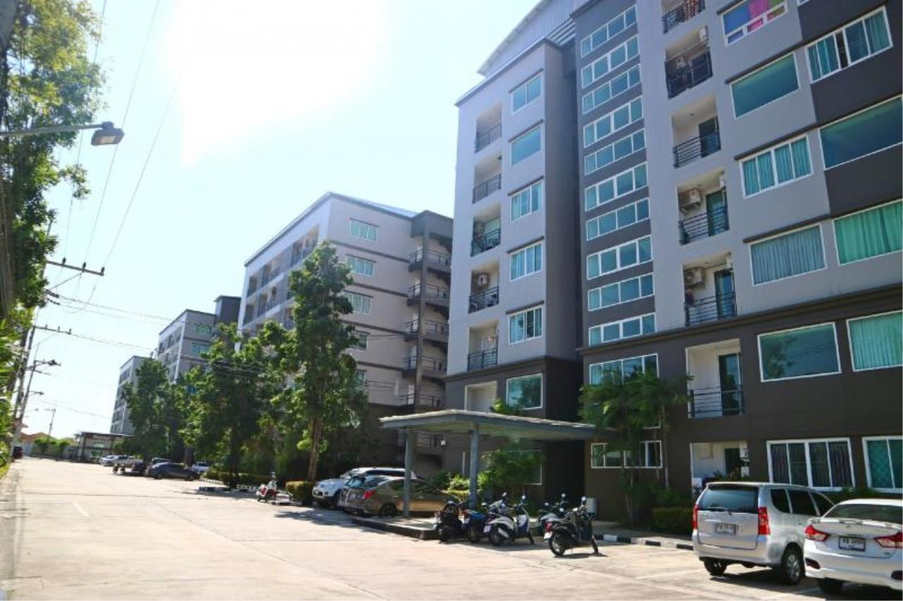 RE/MAX Town & Country Property Agency's 1 Bedroom condo in East Pattaya 12