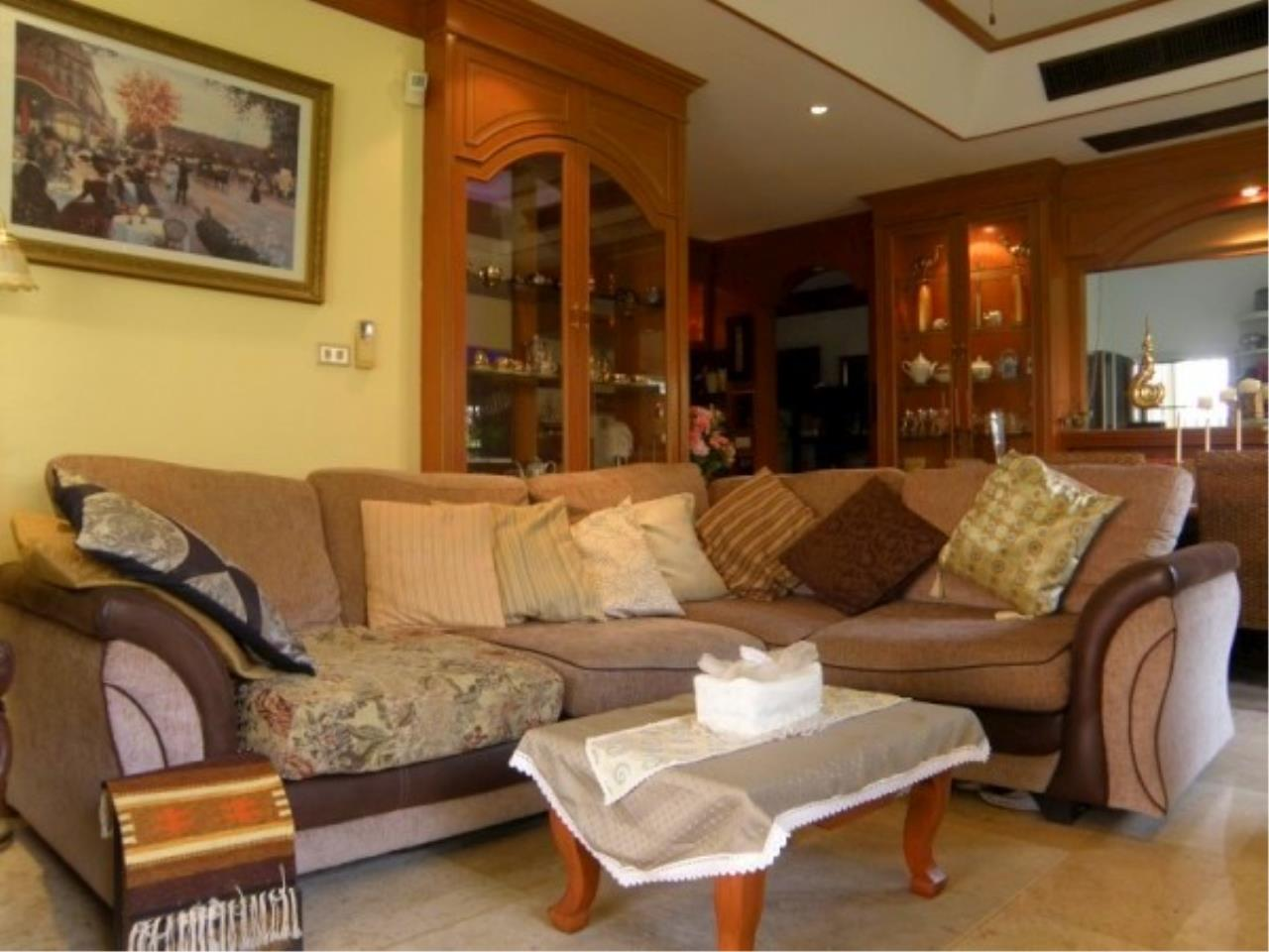 RE/MAX Town & Country Property Agency's Family home for sale in East Pattaya. 3