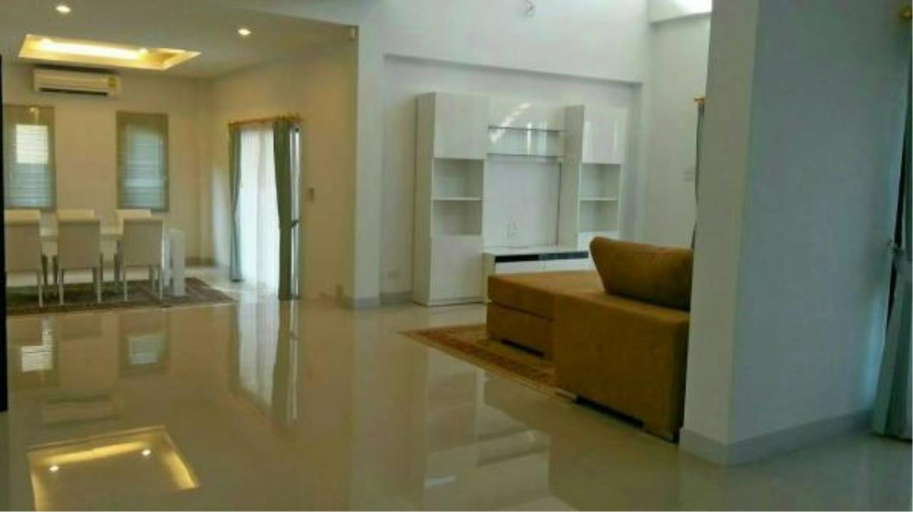 RE/MAX Town & Country Property Agency's 3 bedroom house for sale 6