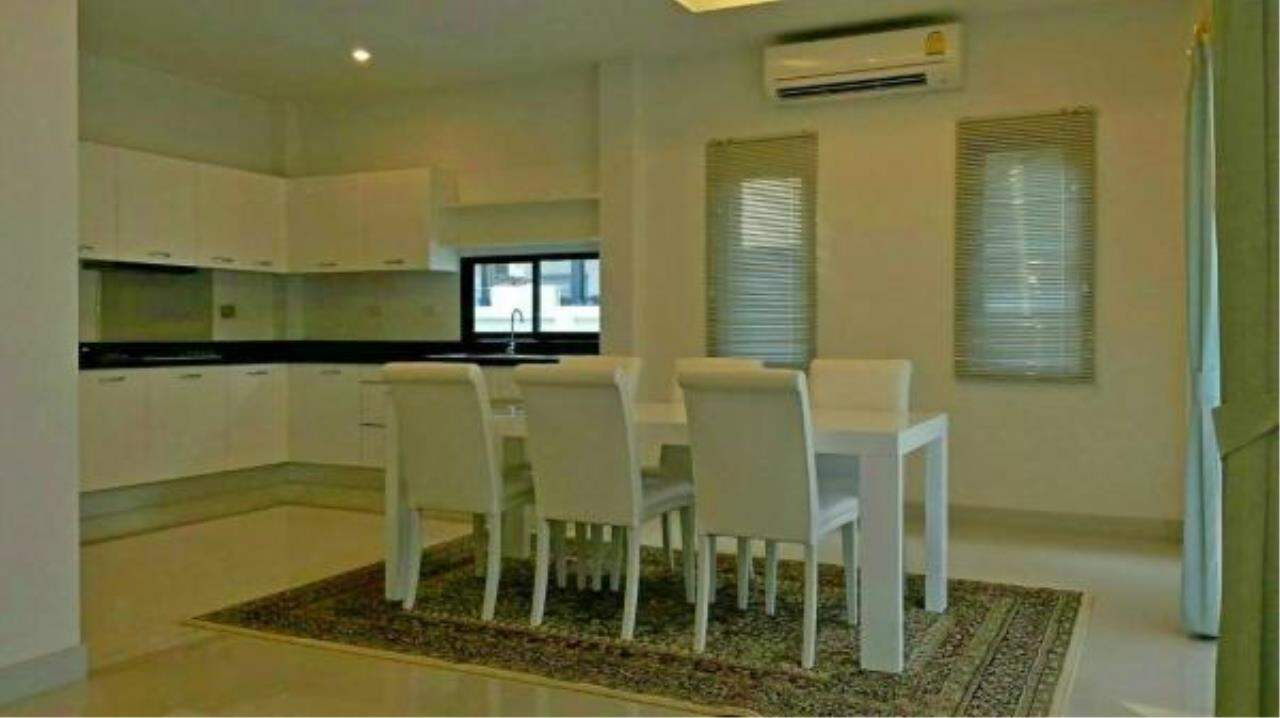 RE/MAX Town & Country Property Agency's 3 bedroom house for sale 7