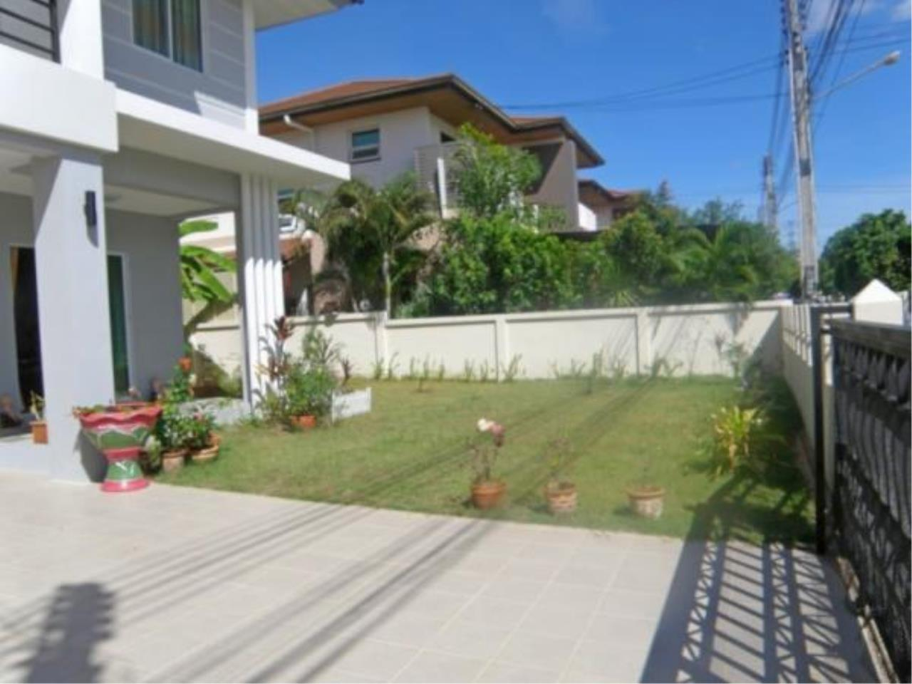 RE/MAX Town & Country Property Agency's 3 Bedroom house for sale 3