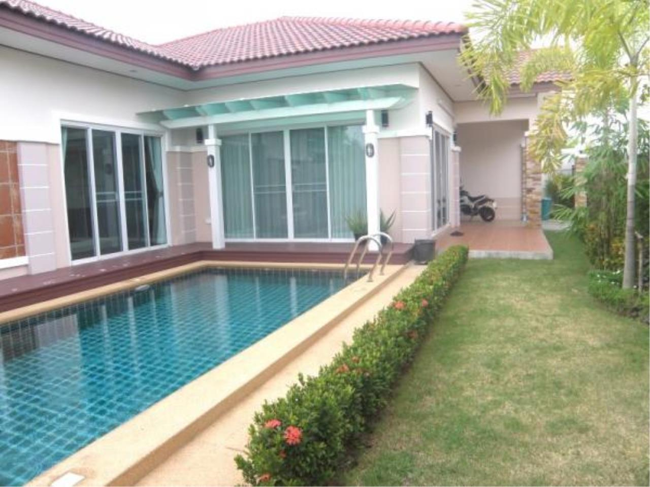 RE/MAX Town & Country Property Agency's Fully furnished with private pool-villa 4