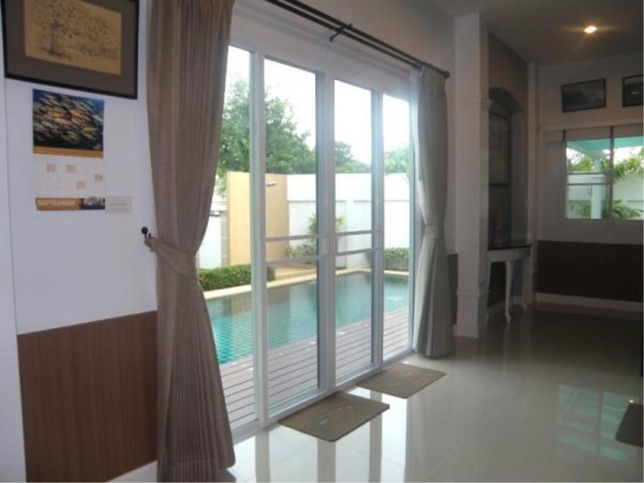 RE/MAX Town & Country Property Agency's Fully furnished with private pool-villa 9