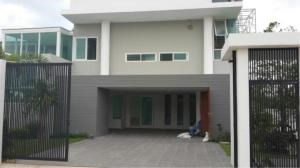 RE/MAX Town & Country Property Agency's Luxury House for sale in East Pattaya 2