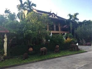 RE/MAX Town & Country Property Agency's Oriental style villa 2