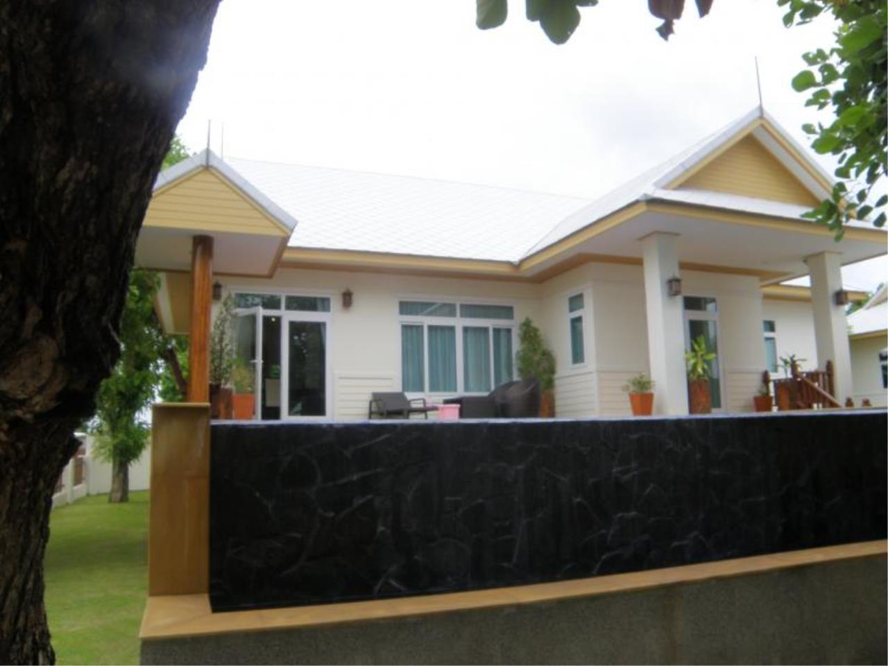 RE/MAX Town & Country Property Agency's Detached House in East Pattaya 12