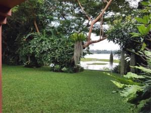 RE/MAX Town & Country Property Agency's Lakeside pool villa for sale 2