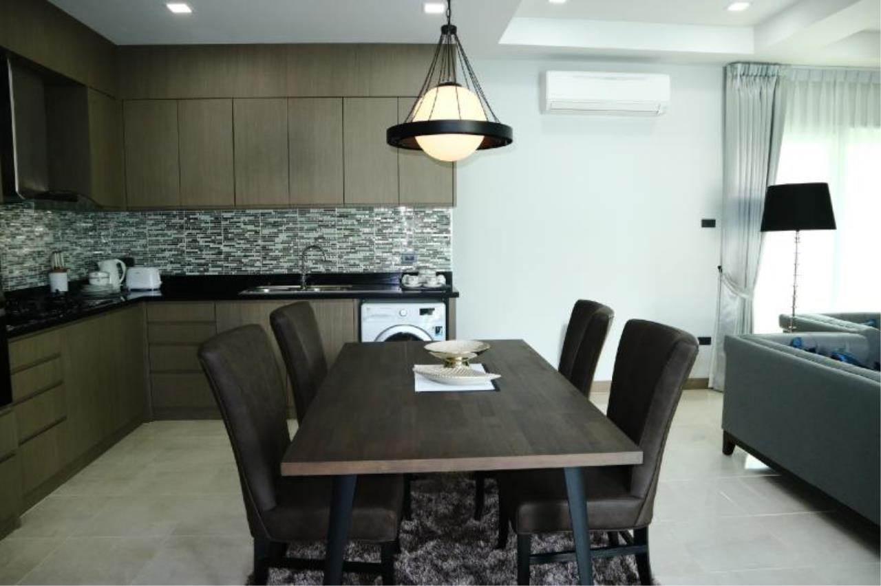 RE/MAX Town & Country Property Agency's Luxury house in East Pattaya 4