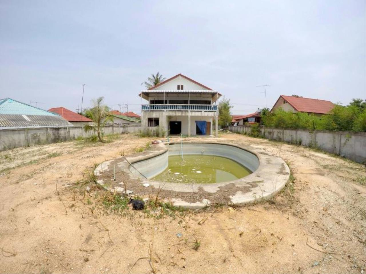 RE/MAX Town & Country Property Agency's 1 RAI & 20 TW LAND AT SOI KHAOTALO FOR SALE 1