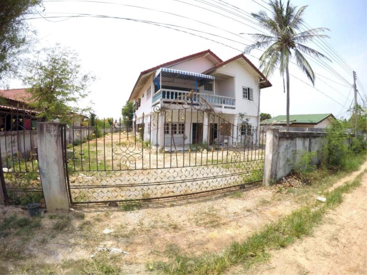 RE/MAX Town & Country Property Agency's 1 RAI & 20 TW LAND AT SOI KHAOTALO FOR SALE 2