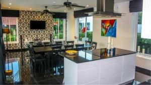 RE/MAX Town & Country Property Agency's Luxury house house for sale 6