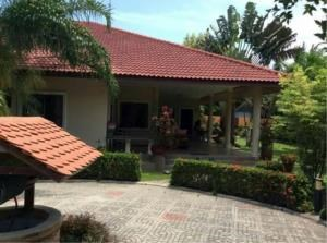RE/MAX Town & Country Property Agency's Huay Yai houses for sale. 2