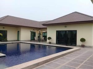 RE/MAX Town & Country Property Agency's Beautiful house in Huay Yai 3