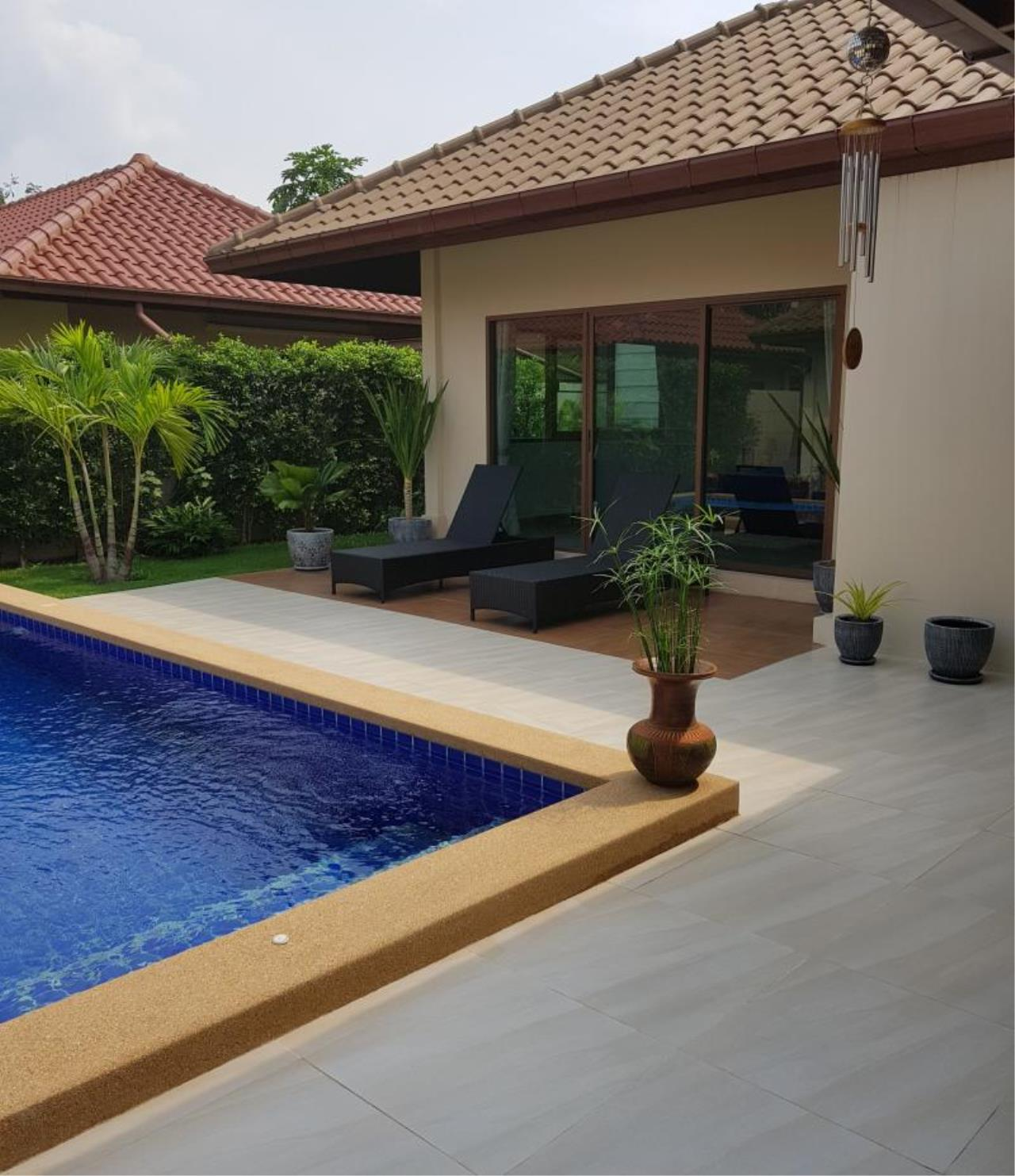 RE/MAX Town & Country Property Agency's Beautiful 3 bedroom house in Huay Yai 1