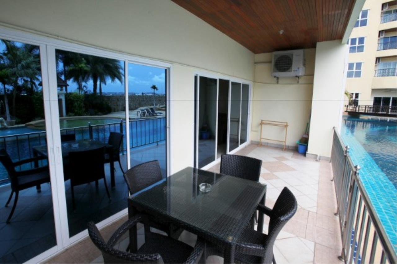 RE/MAX Town & Country Property Agency's Direct access to the lagoon pool.. 8
