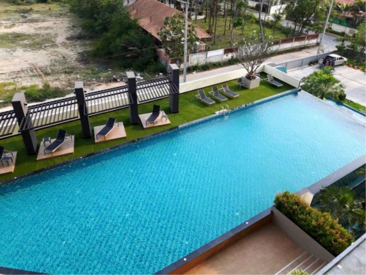 RE/MAX Town & Country Property Agency's New high rise condo in Jomtien 12
