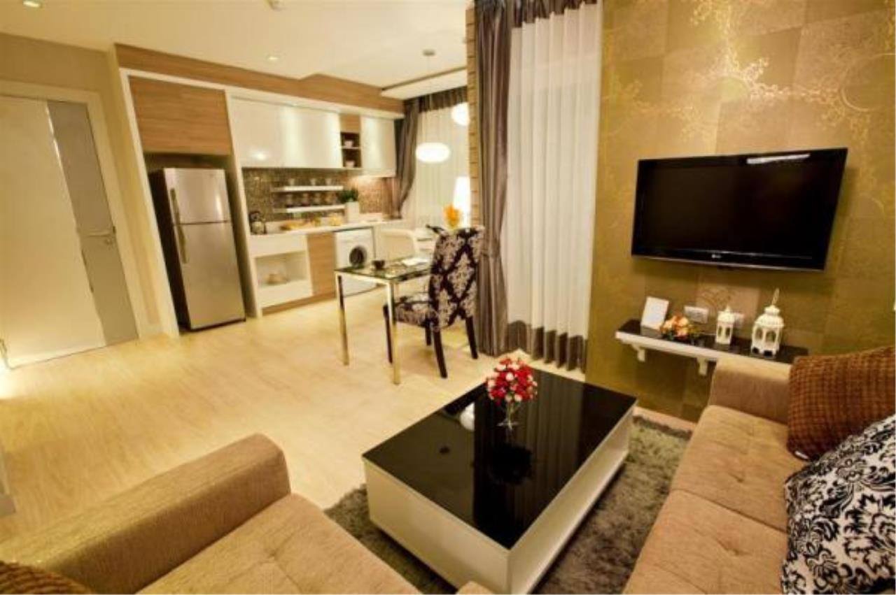 RE/MAX Town & Country Property Agency's New high rise condo in Jomtien 2