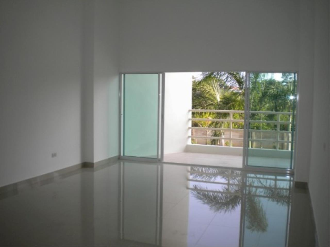 RE/MAX Town & Country Property Agency's Great Condo in Jomtien 7