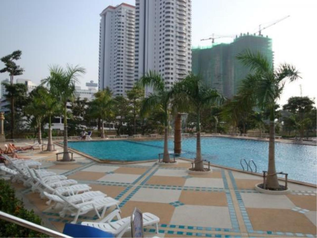 RE/MAX Town & Country Property Agency's Studio for sale in Jomtien 7