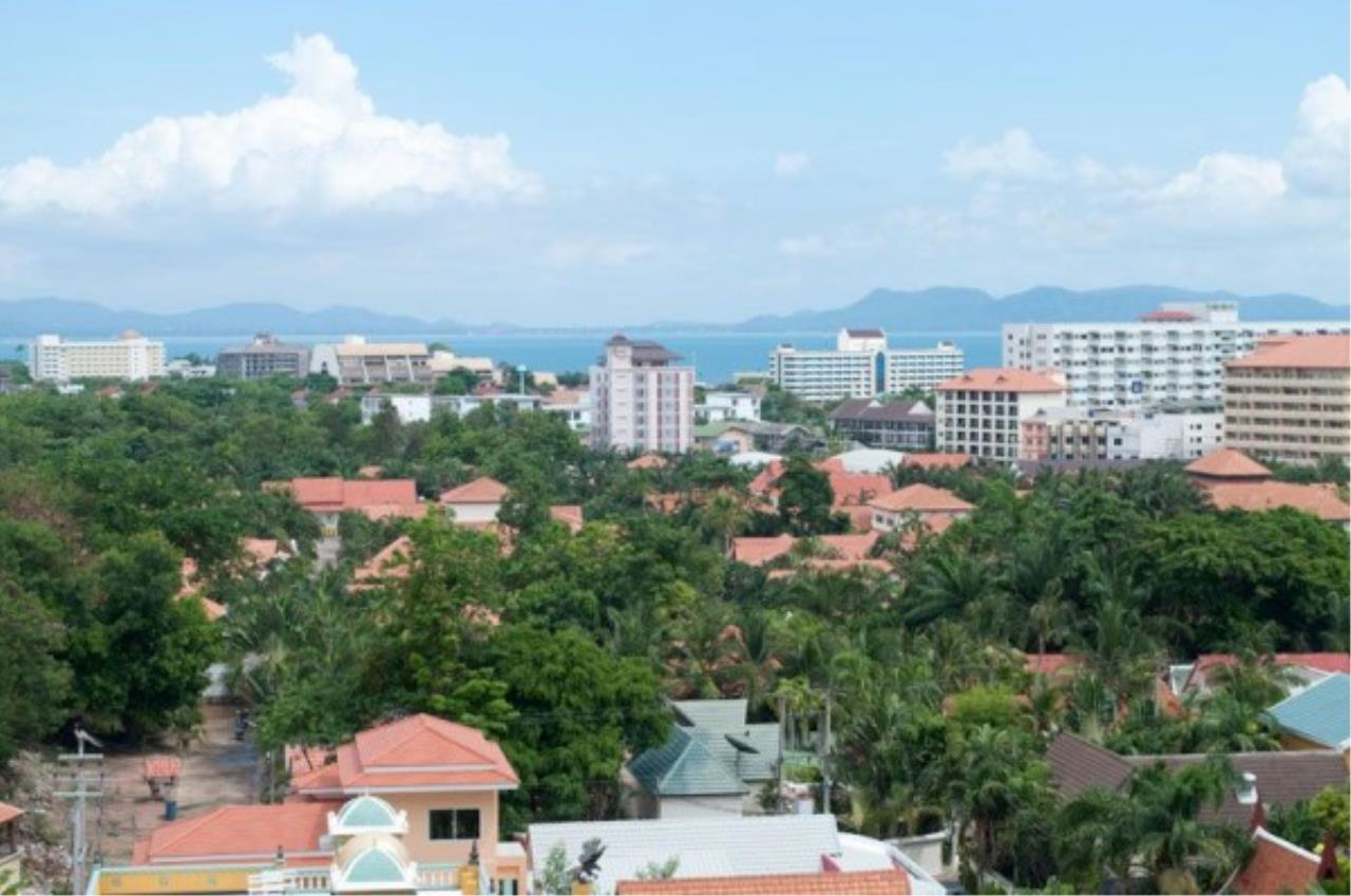 RE/MAX Town & Country Property Agency's One bedroom apartment in Jomtien 9