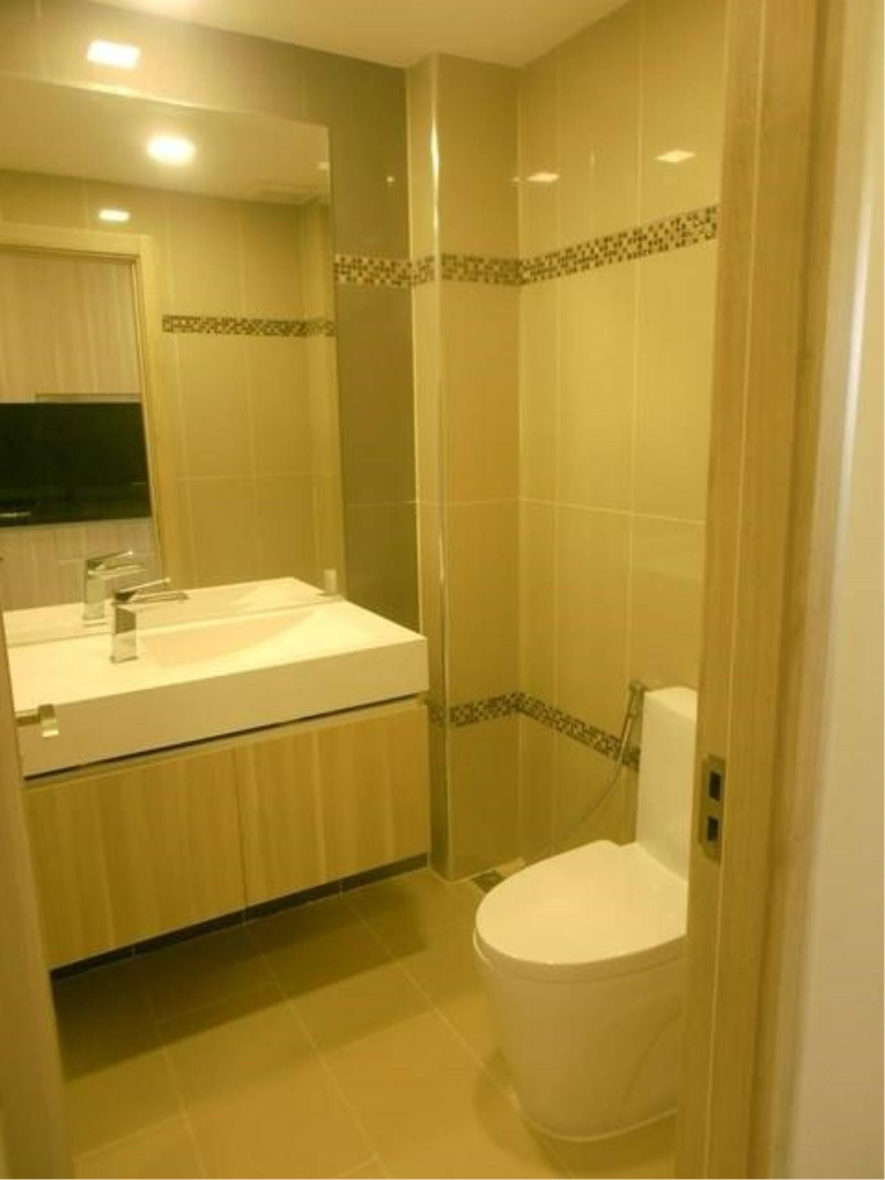 RE/MAX Town & Country Property Agency's Great Condo in Jomtien 11