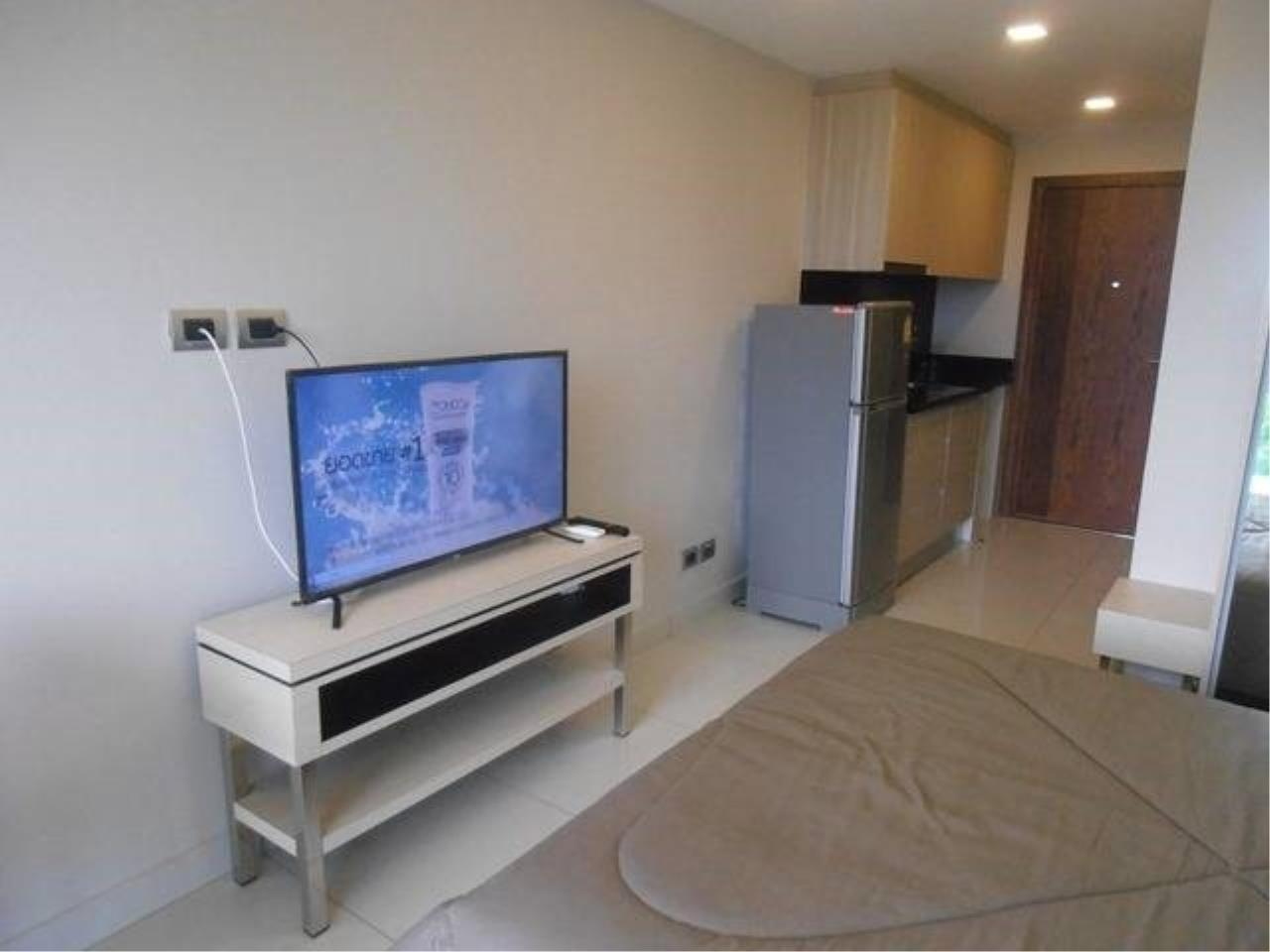 RE/MAX Town & Country Property Agency's Great Condo in Jomtien 5