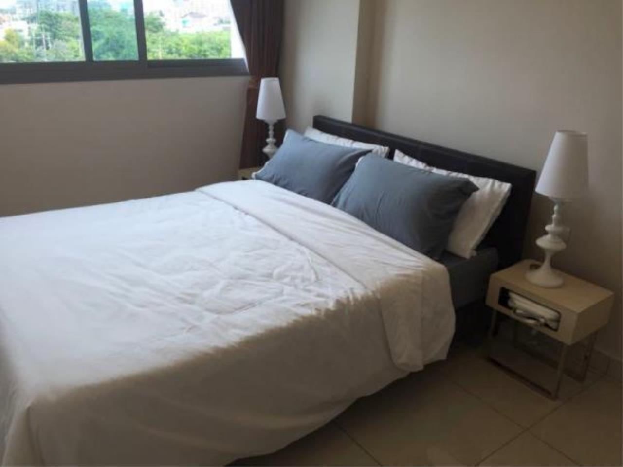 RE/MAX Town & Country Property Agency's 1 bedroom condo for sale or rent 5
