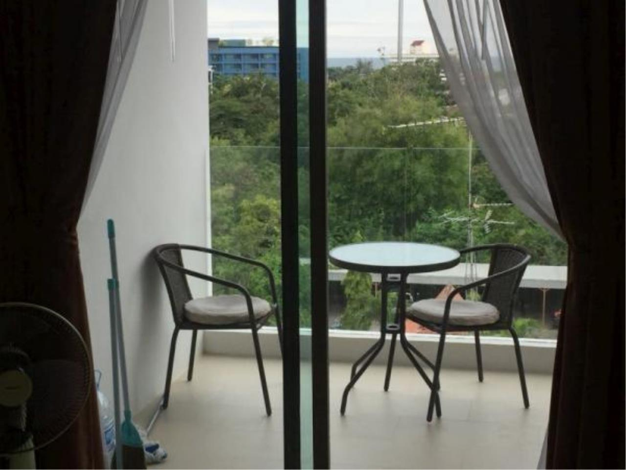 RE/MAX Town & Country Property Agency's 1 bedroom condo for sale or rent 8