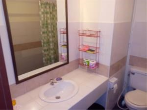RE/MAX Town & Country Property Agency's Sea view condo for sale in Jomtien 7