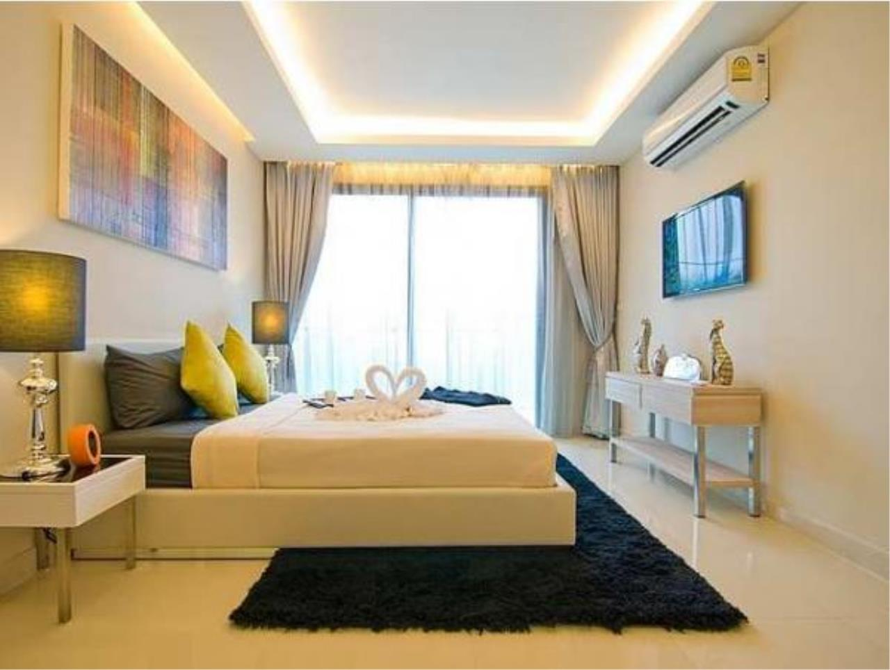 RE/MAX Town & Country Property Agency's Nice condo for sale in Laguna beach Jomtien 6