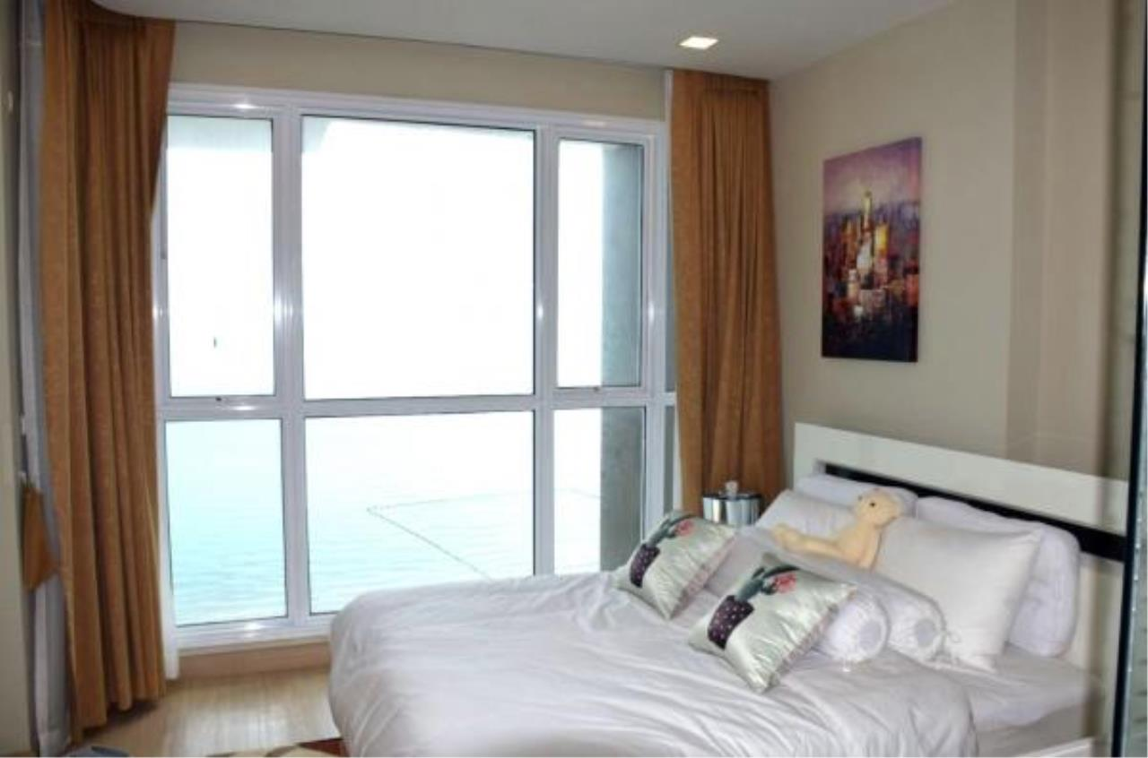RE/MAX Town & Country Property Agency's Luxury Sea View apartment in Jomtien 1