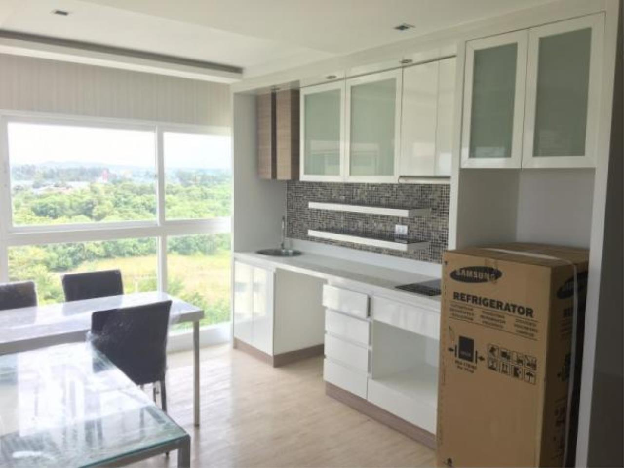 RE/MAX Town & Country Property Agency's Condo for sale in Jomtien 1